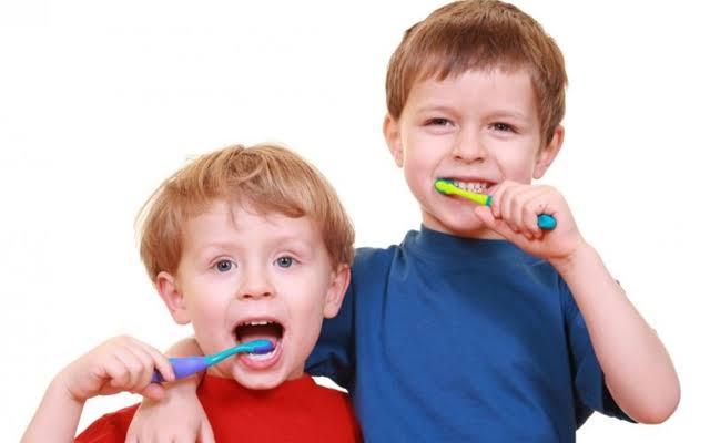 ยาสีฟันสุดปัง