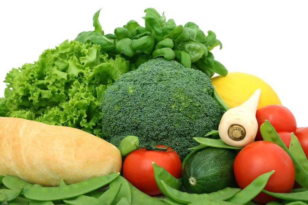 การกินผักดิบ