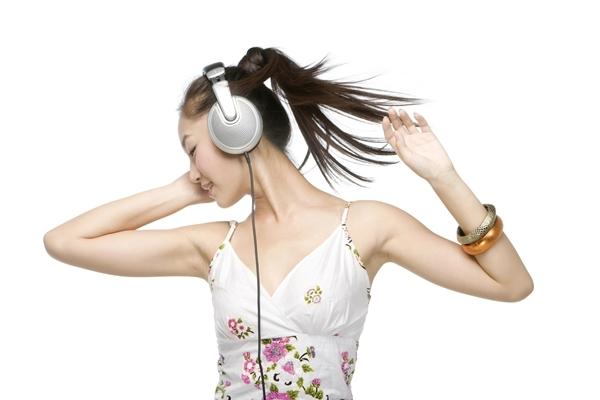 5 วิธีจัดการความเครียด ฟังเพลง