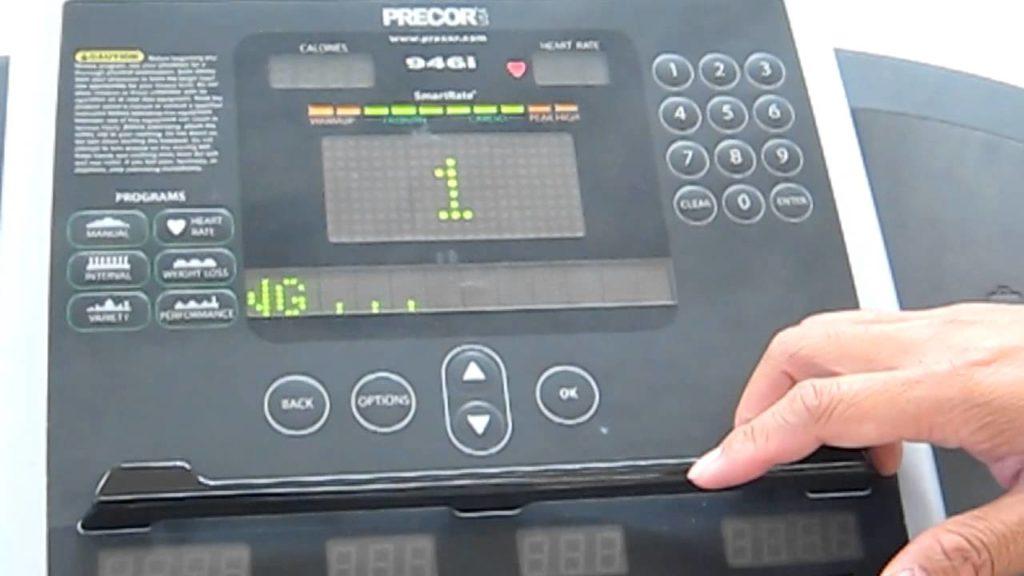 วิธีใช้ลู่วิ่งไฟฟ้า-ก้าวเข้าสู่ลู่วิ่งอย่างปลอดภัย –