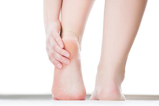 อาการ ส้นเท้าแตก