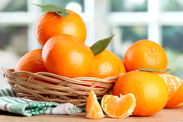 4 อาหารต้านแก่-ส้ม