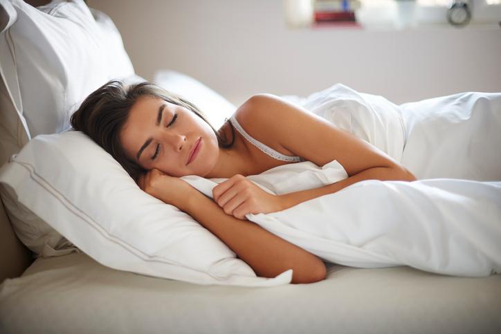 การแก้อาการนอนกรน-การนอนตะแคง
