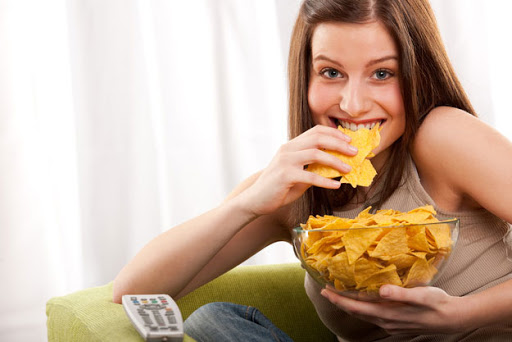 4 วิธีลดกินจุบจิบ1
