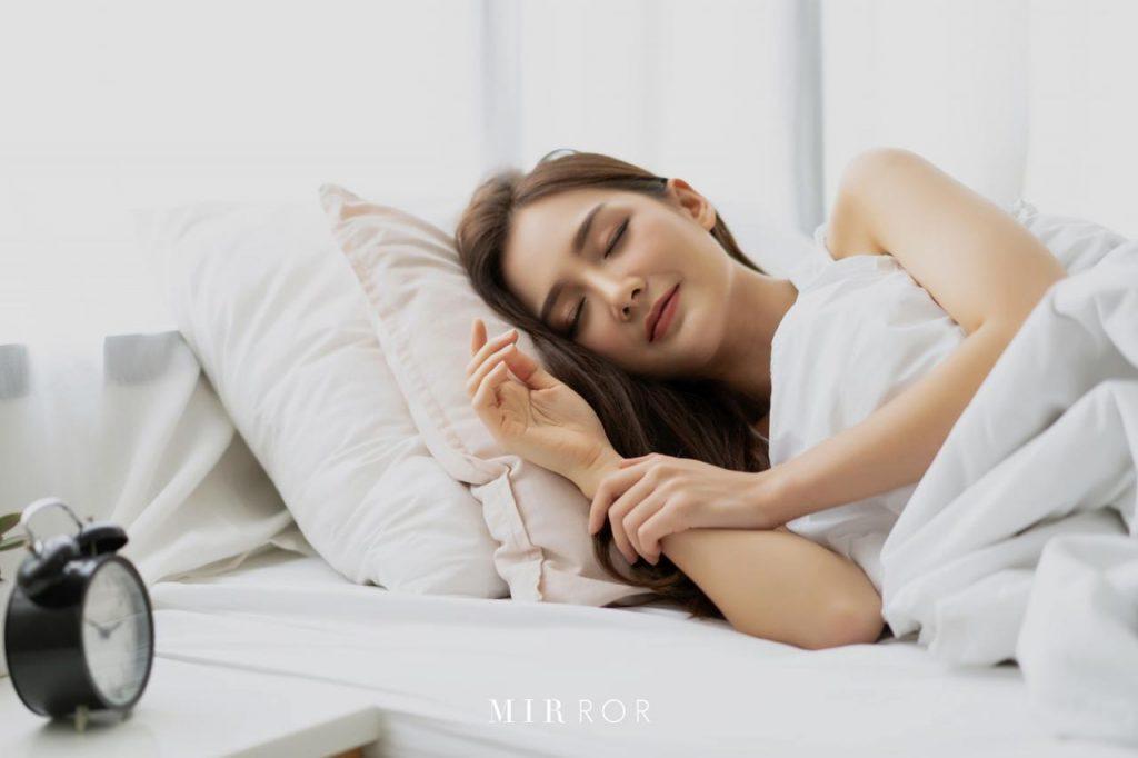 วิธีรับมือความอยากอาหาร-นอนหลับให้เต็มอิ่ม