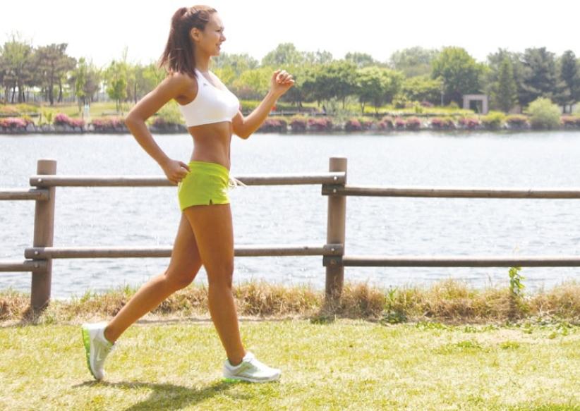 ข้อดีจากการเดินออกกำลังกาย ที่ช่วยให้ลดความเครียด