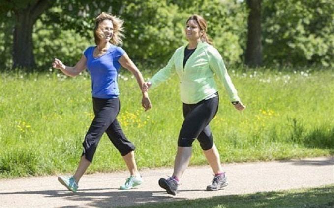การเดินสามารถช่วยสลายไขมัน การเดินสามารถช่วยสลายไขมัน