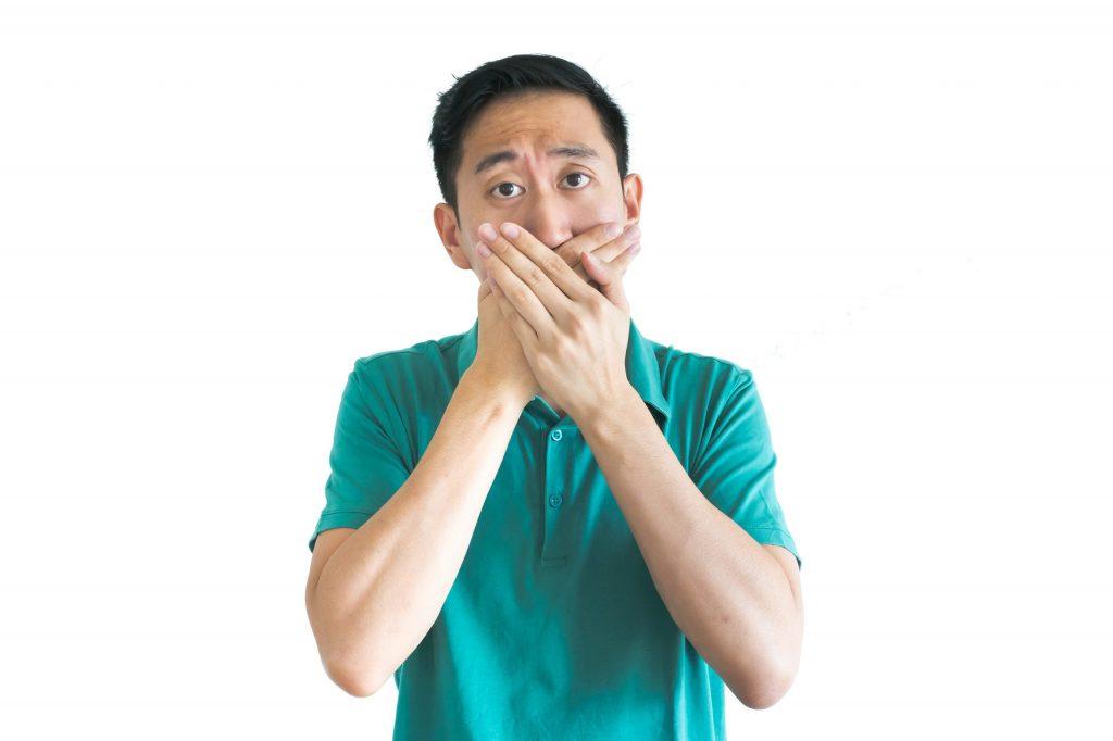 ปัญหากลิ่นปาก เกิดจากสาเหตุอะไร