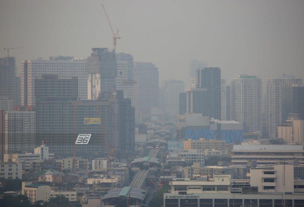 ป้องกันอย่างไรเมื่อต้องเจอกับ ฝุ่น PM 2.5